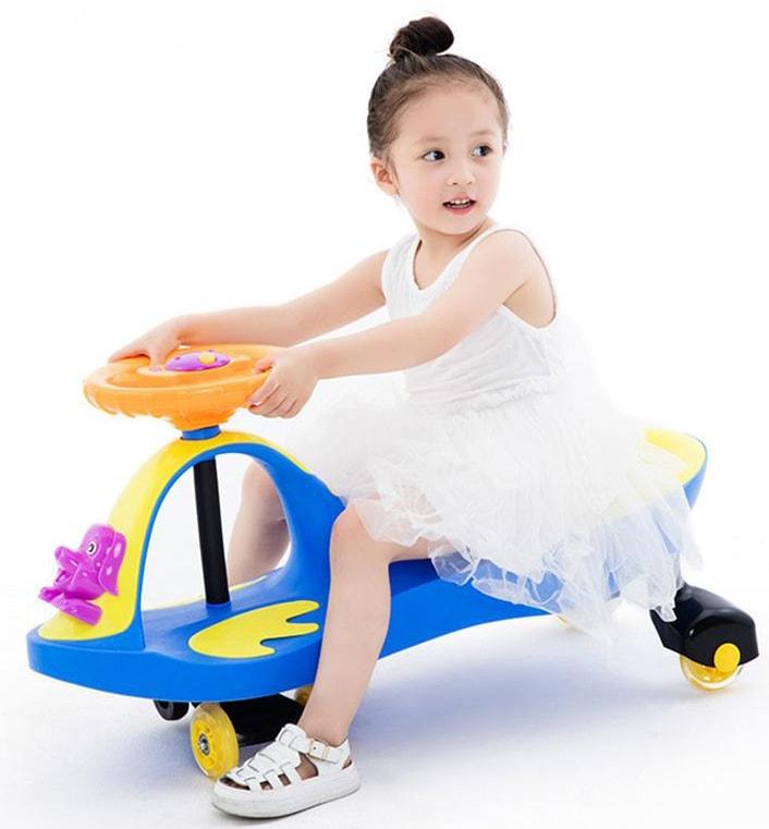 Tư vấn chọn mua và sử dụng xe lắc cho bé an toàn 1