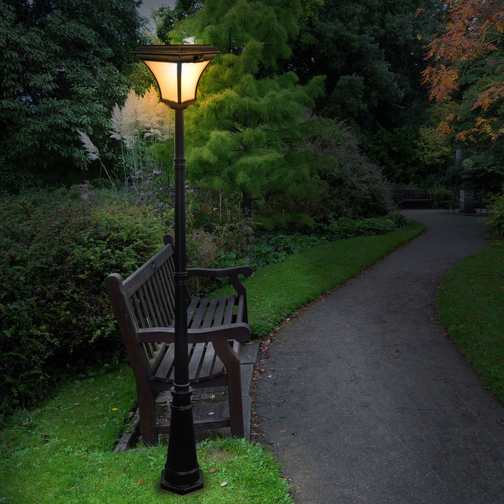 Đèn sân vườn năng lượng mặt trời và tính năng an toàn