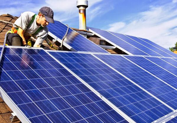 tấm pin năng lượng mặt trời có giá trị như thế nào