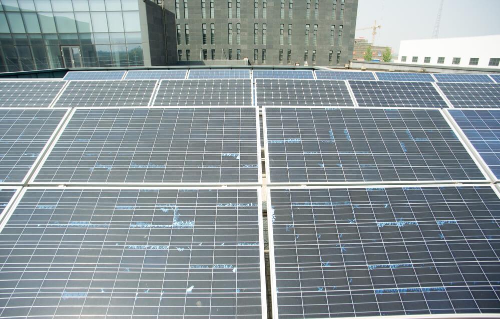 Làm gì với tấm pin năng lượng mặt trời cũ
