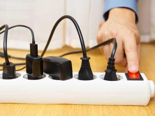 Tắt các thiết bị điện không sử dụng