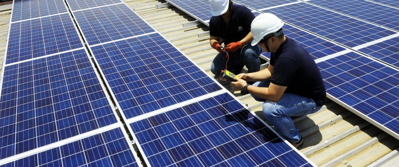 Bảo trì tấm pin năng lượng mặt trời
