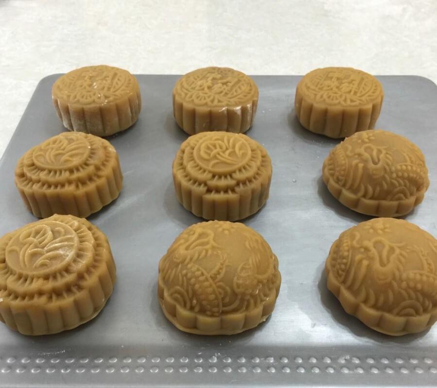 Cách làm bánh trung thu nhân khoai môn