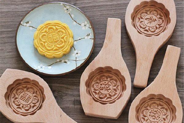 mua khuôn làm bánh trung thu bằng gỗ