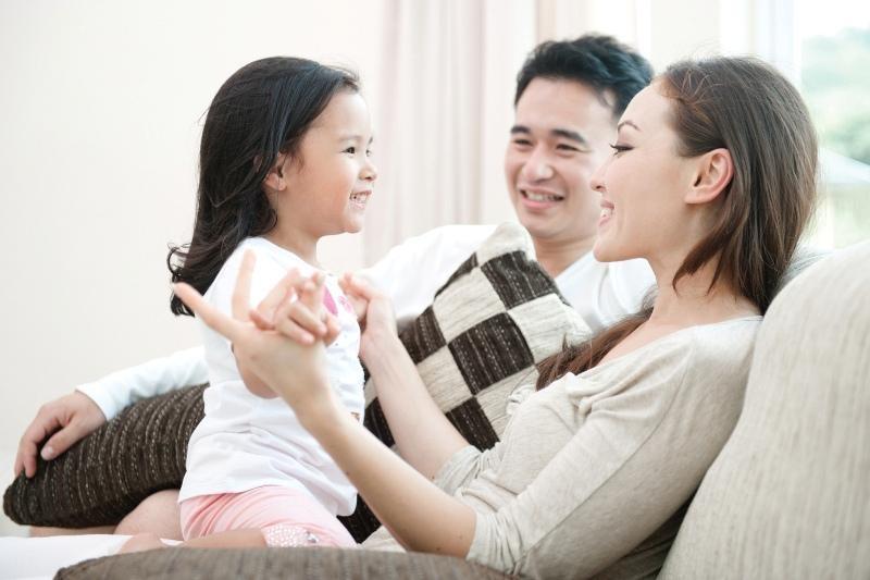 giúp trẻ giao tiếp